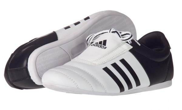 Adidas Trainings-Schuh Kick 2 Eco